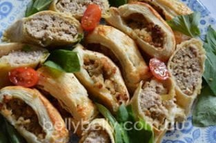 Sausage Roll Recipe - A Yummy Sausage Roll Recipe With Filling Variations