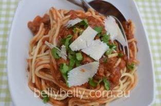 Spaghetti Bolognese - An Easy Spaghetti Bolognese Recipe