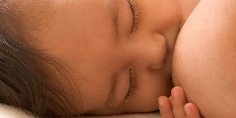nighttime breastfeeding