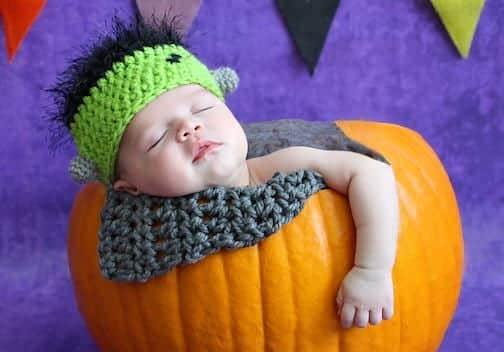 10 Adorable Halloween Photos of Babies and Pumpkins | BellyBelly