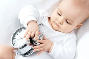 Feeding Schedules: 6 Ways They Harm Breastfeeding