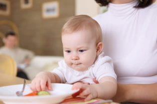 6 Steps To Introducing Solids... The Simple Way!